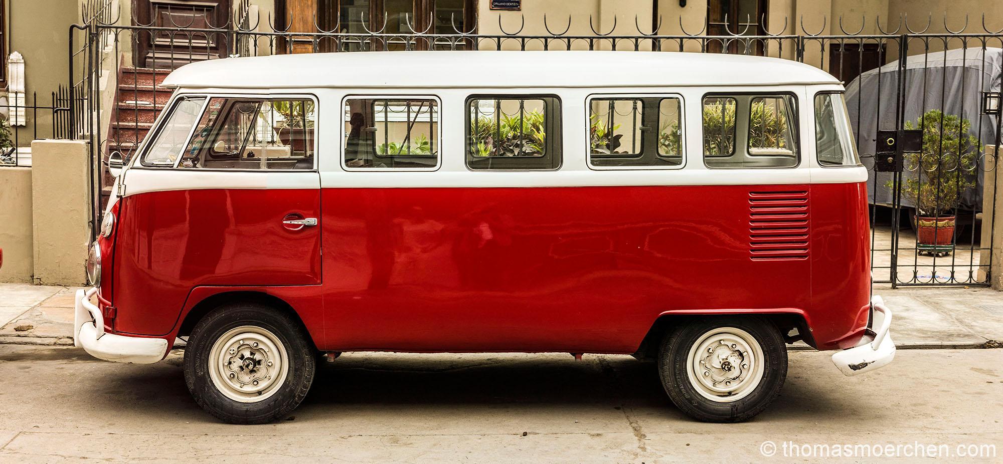 Bis 1997 als Mix aus T1 und T2 und bis Heute und auch weiterhin als T2-Kombi in Südamerika hergestellt. Dementsprechend prägt er auch das Strassenbild.