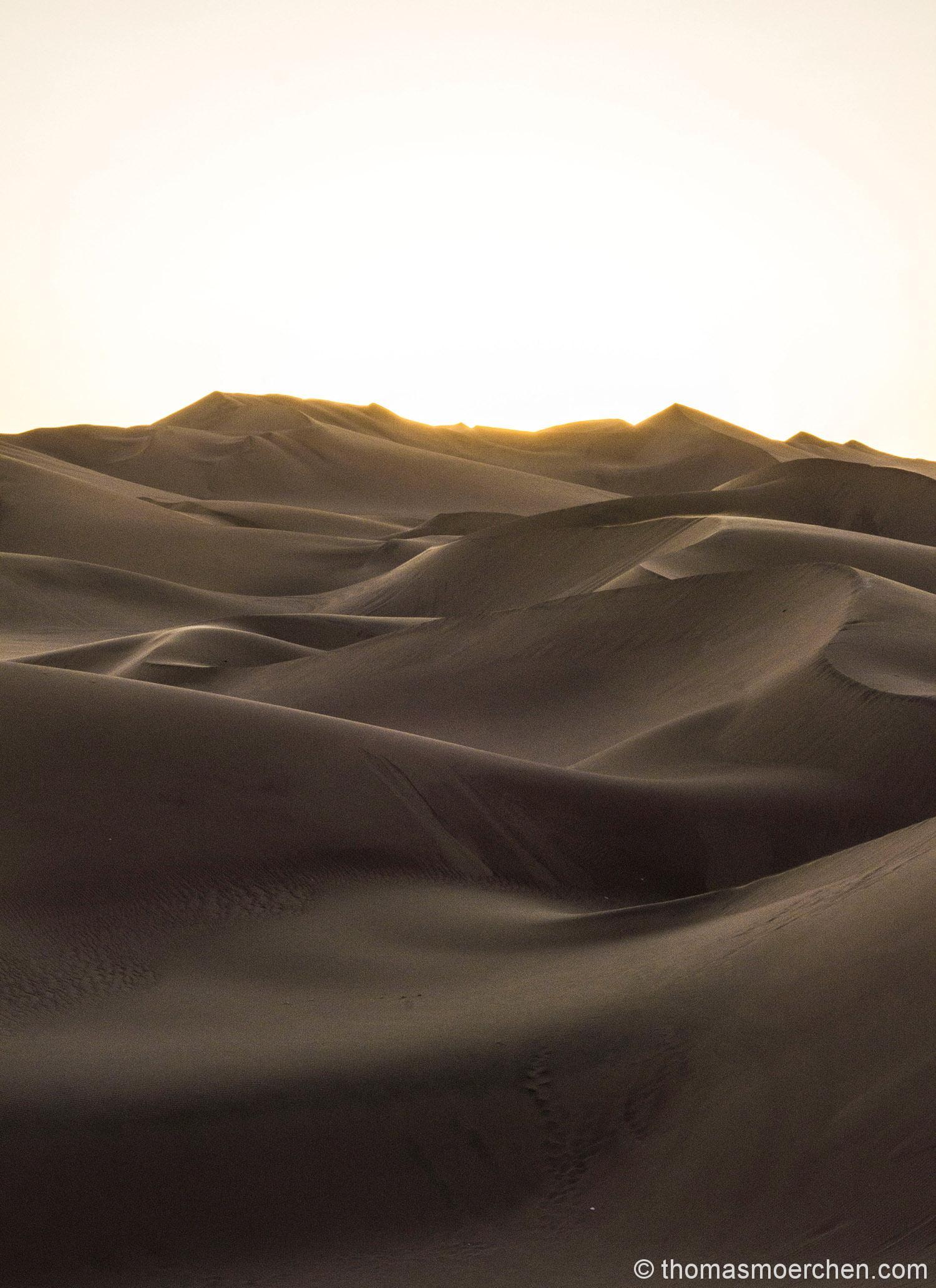 Wüste im Sonnenuntergang ...kann man anbieten