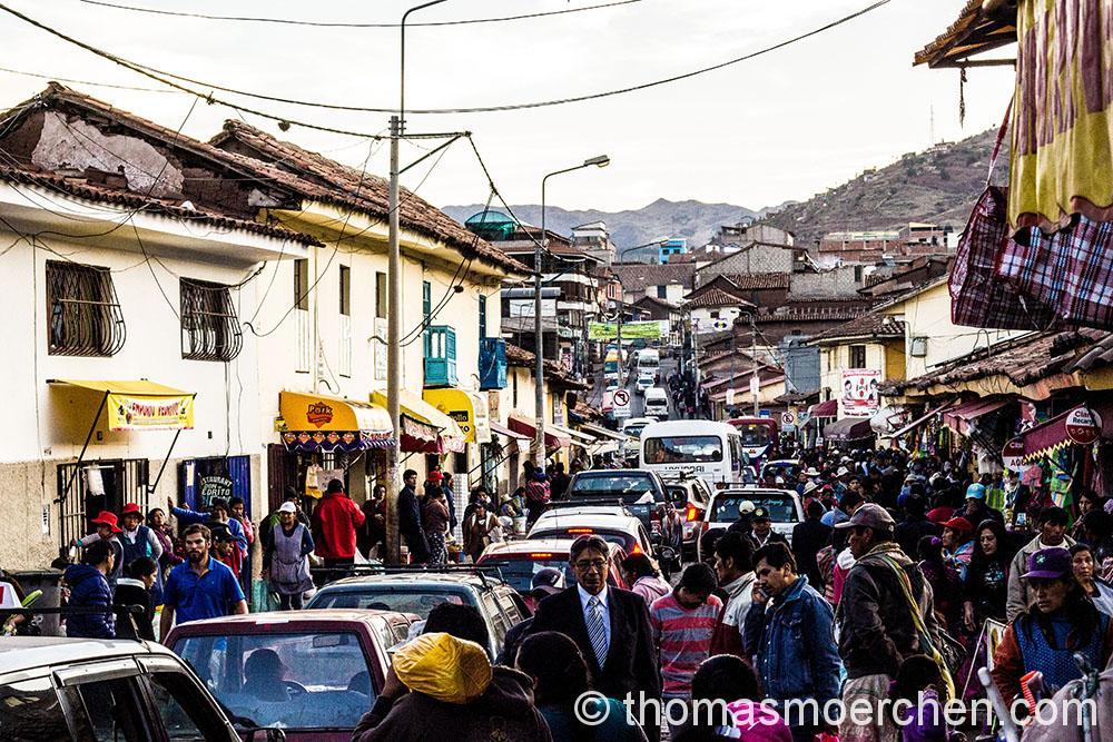 Nachmitäglicher Strassenmarkt n Cusco